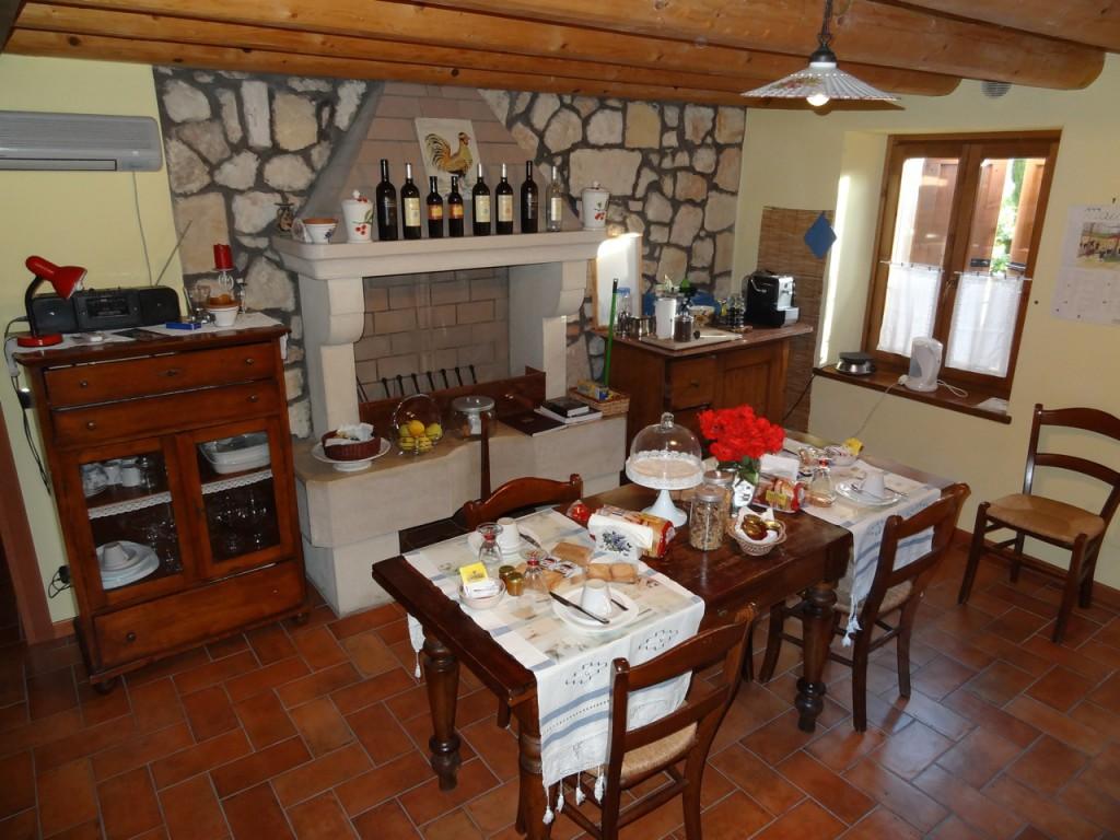 Frühstück mit Amarone Castel In Vino