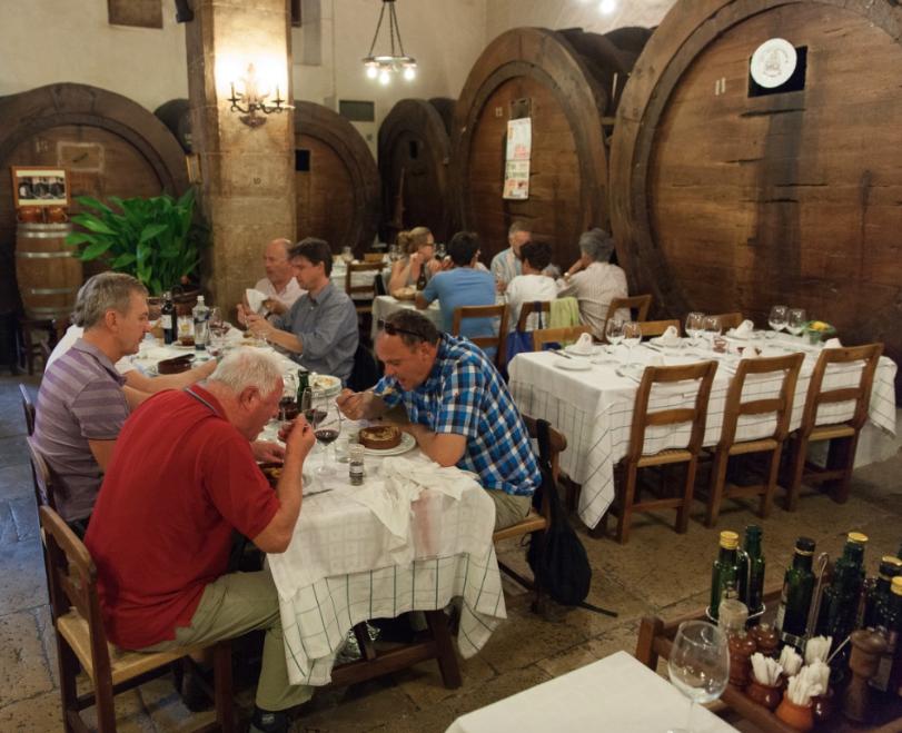 klene Bodega in Inca - Weinpresse sehr moderat - aber nächstes mal kochen wir wieder selbst ....